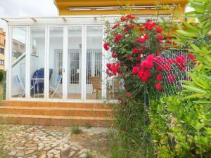 J&V S. Bahía, Ferienwohnungen  Empuriabrava - big - 11