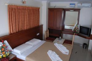SNT Comforts, Hotels  Bangalore - big - 10