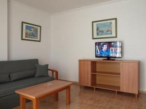Apartamentos Maracay, Apartmanok  Roquetas de Mar - big - 14