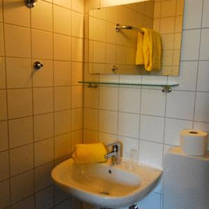 Gästehaus zur Linde, Penziony  Ingolstadt - big - 5