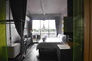 Deluxe Double Room with River View (02.00 PM)