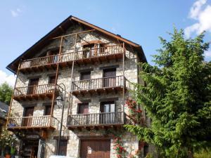 La Ginesta, Apartmány  Taull - big - 11