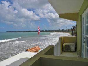 Yunque Mar Beach Hotel, Отели  Лукильо - big - 9
