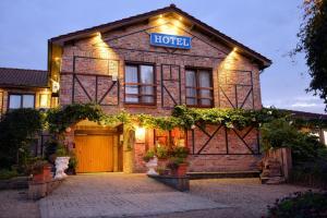 Hotel De Stokerij, Яббеке