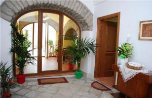 Conte Spencer, Bed and Breakfasts  Casertavecchia - big - 12