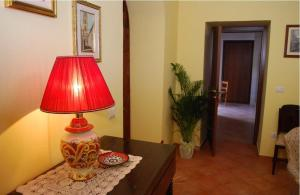 Conte Spencer, Bed and Breakfasts  Casertavecchia - big - 9