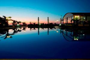 Marinos Beach Hotel-Apartments, Aparthotely  Platanes - big - 40