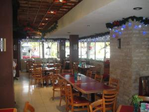 Hotel Bienvenido, Отели  Хосе-Кардель - big - 14