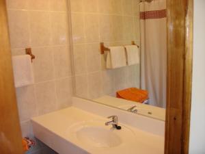 Hotel Victoria, Hotely  Hanga Roa - big - 5