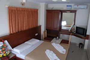 SNT Comforts, Hotels  Bangalore - big - 4