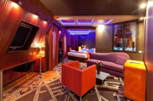 Suite with Eiffel View
