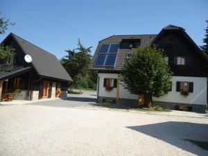 Pansion House Prijeboj, Penzióny  Jezerce - big - 35