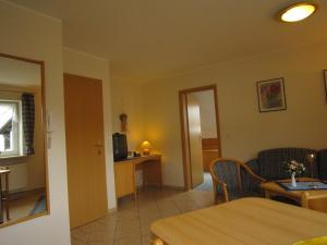 Ferienwohnungen Landgasthof Gilsbach, Ferienwohnungen  Winterberg - big - 5