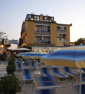 Hotel Estate - AbcAlberghi.com
