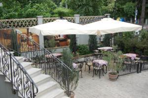 Pensiunea Antique, Penziony  Târgu Jiu - big - 17