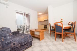 Apartments Maestral, Апартаменты  Неум - big - 39