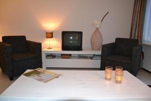 Amelanderkaap 109, Apartments  Hollum - big - 14