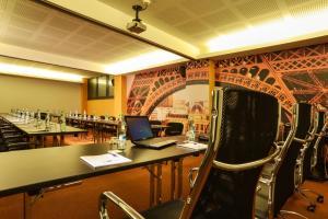 Best Western Plus Hotel Expo, Hotely  Villafranca di Verona - big - 20