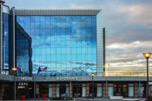 Best Western Plus Hotel Expo, Hotely  Villafranca di Verona - big - 35