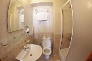 Nazar Hotel, Hotels  Selcuk - big - 11