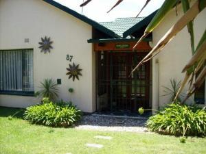 Sunflowers Guesthouse, Affittacamere  Kempton Park - big - 11