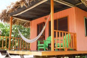 Green Parrot Beach Houses and Resort, Lodge  Maya Beach - big - 17