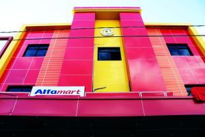 Hotel Alpha Makassar, Hotel  Makassar - big - 1