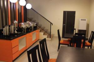 Hotel Alpha Makassar, Hotels  Makassar - big - 39