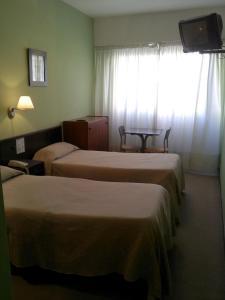 Hotel Carrara, Hotel  Buenos Aires - big - 12