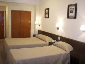 Hotel Carrara, Hotel  Buenos Aires - big - 11