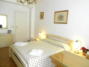 A Casa Chiecchi B&B, Guest houses  Rome - big - 6
