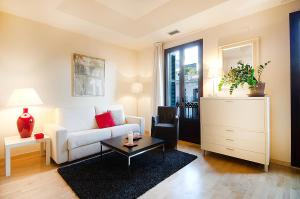 Friendly Rentals Deluxe Paseo de Gracia, Апартаменты  Барселона - big - 29