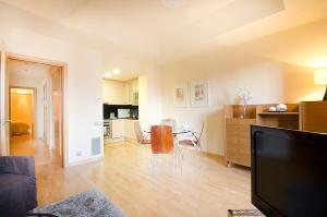 Friendly Rentals Deluxe Paseo de Gracia, Apartmány  Barcelona - big - 26