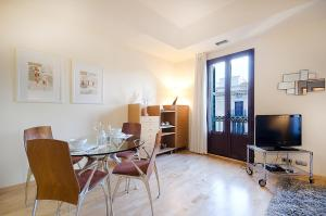 Friendly Rentals Deluxe Paseo de Gracia, Апартаменты  Барселона - big - 25
