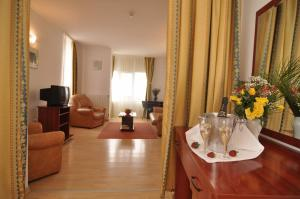 Dali Hotel, Hotels  Constanţa - big - 17