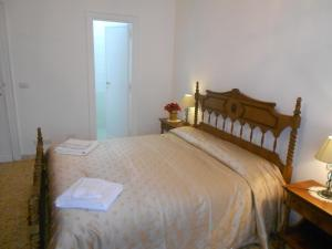 A Casa Chiecchi B&B, Guest houses  Rome - big - 7