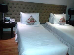Hotel Athena, Hotels  New Delhi - big - 13