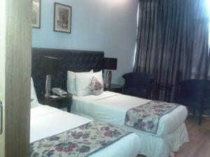 Hotel Athena, Hotels  New Delhi - big - 12
