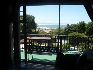 A1 Kynaston Accommodation, Bed and Breakfasts  Jeffreys Bay - big - 31