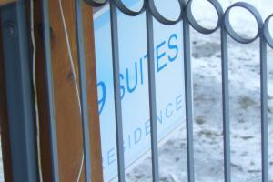 9 Suites ApartHotel, Aparthotels  Braşov - big - 40