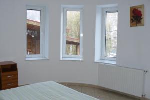 9 Suites ApartHotel, Aparthotels  Braşov - big - 41