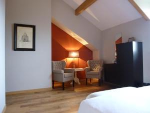 La Maison Forte, Bed & Breakfast  Montaut - big - 28