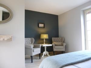 La Maison Forte, Bed & Breakfast  Montaut - big - 8