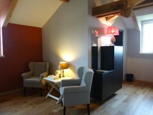 La Maison Forte, Bed & Breakfast  Montaut - big - 5