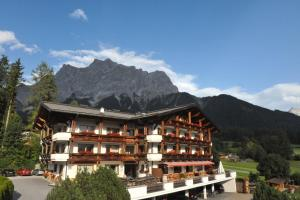 Alpenappartements Cristall, Apartmány  Ehrwald - big - 1