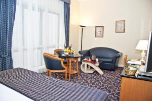 Regal Plaza Hotel, Hotel  Dubai - big - 5