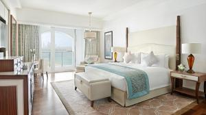 Deluxe Family Suite - Sea View