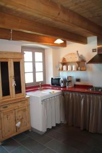 Veranda Hill Lodge, Apartments  Pianello Del Lario - big - 17