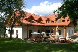 Pension Klokočí, Guest houses  Sněžné - big - 64