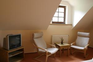 Pension Klokočí, Guest houses  Sněžné - big - 9